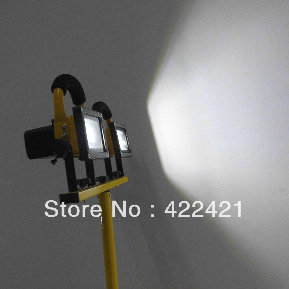 10W * 2 ώρες εργασίας 4 ώρες προσαρμογέας IP65 Επαναφορτιζόμενη ανυψωτική φορητή λυχνία προβολέων r LED
