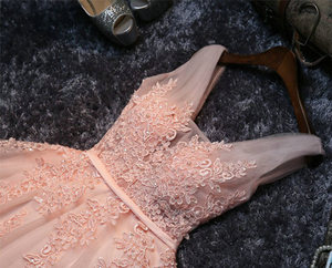 Image 5 - Elegant Pearl Pink Prom Dresses 2020 Sexy Prom Dress Short V Neck Appliques Beading Lace Up Knee Length Graduation Party Gowns