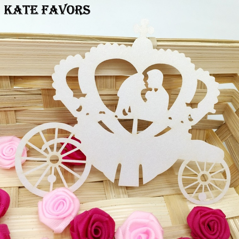 Place Cards Wedding Name Cards White 50Pcs/lot Carriage Shape Wine Glass Place Cards For Wedding Party Decoration