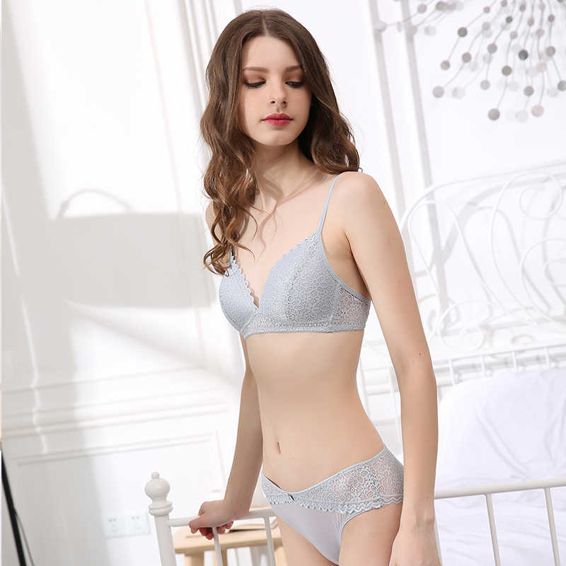 2200ed87d59 CINOON Brand Sexy Lace Lingerie Simple Comfortable Thin Cotton Cup  Underwear Bra Set Section Gathered Bralette