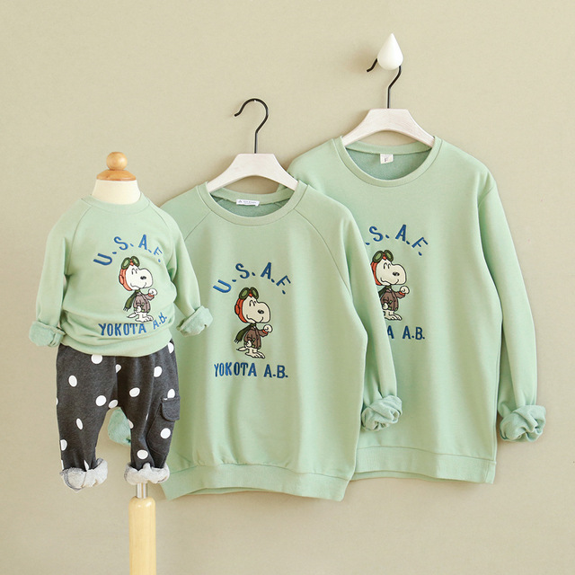 Family matching clothes Mom Kids Dad Son Autumn Winter Casual Cotton Printed Light Green Matching Hoodies Outfits tops