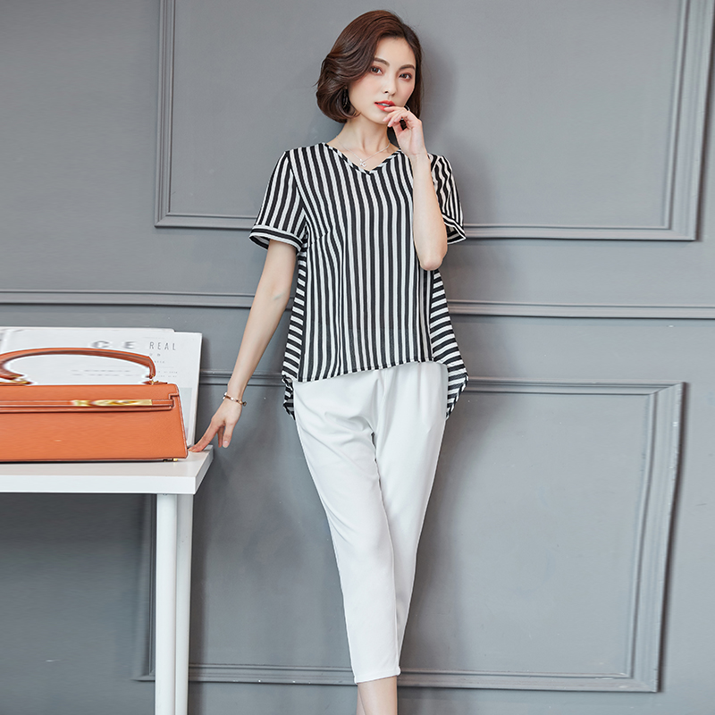 Plus Size Summer Striped Two Pieces Sets Women Short Sleeve Tops And Cropped Pants Suits Sets Casual Korean Women's Costume 2019 26