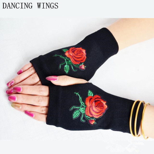 ca9e98349cb 10Pcs Pack Women s fashion rose embroidery knitted gloves girls semi-finger  gloves driving computer