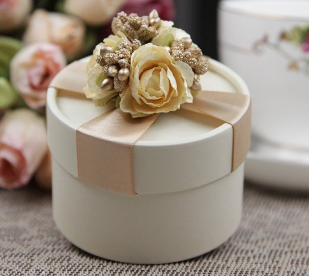 Elegant Wedding Candy Boxes With Ribbon And Flower Baby Shower Party