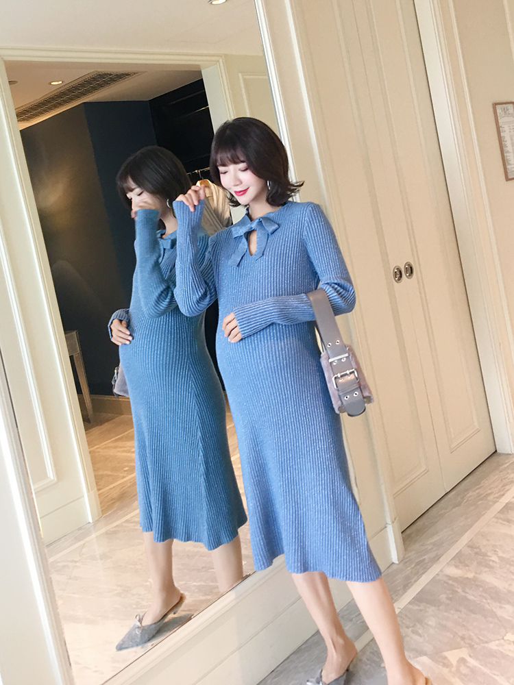 Autumn maternity dress fashion models 2018 new knit retro bright silk dress neckline butterfly skirt long skirt surplice neckline self tie circle dress