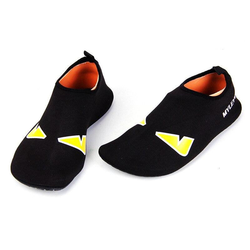 New Outdoor Sport Water Shoes Barefoot Skin Beach Aqua Shoes Quick Drying Swim Diving Upstream Trekking Sneaker Shoes Men Women
