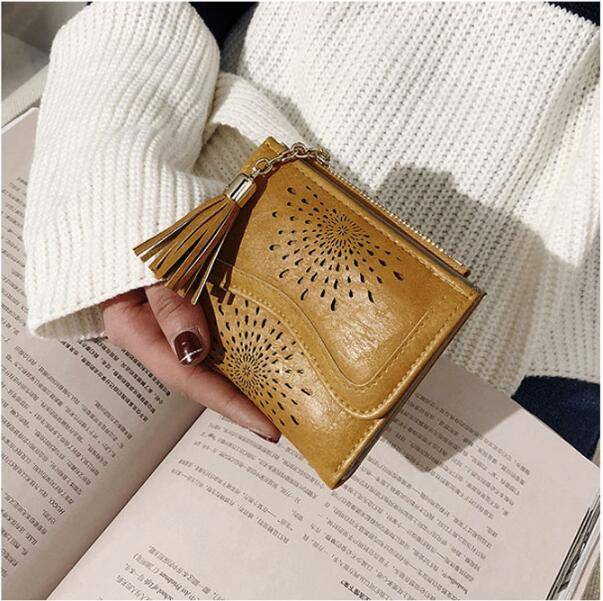 1 piece Hot Sale Hollow Out Wallet Short Wallet PU Leather Vintage Womens Purse Small Wallet Coin Pocket Purses
