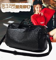Manufacturers 2017 Spring New Washed Leather Rivets Travel Bag European And American Handbags Shoulder Diagonal Female