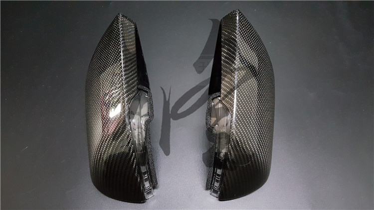 Fit for <font><b>FORD</b></font> <font><b>MUSTANG</b></font> <font><b>2015</b></font> 2.3T Modified carbon fiber rear view mirror with LED steering lamp image