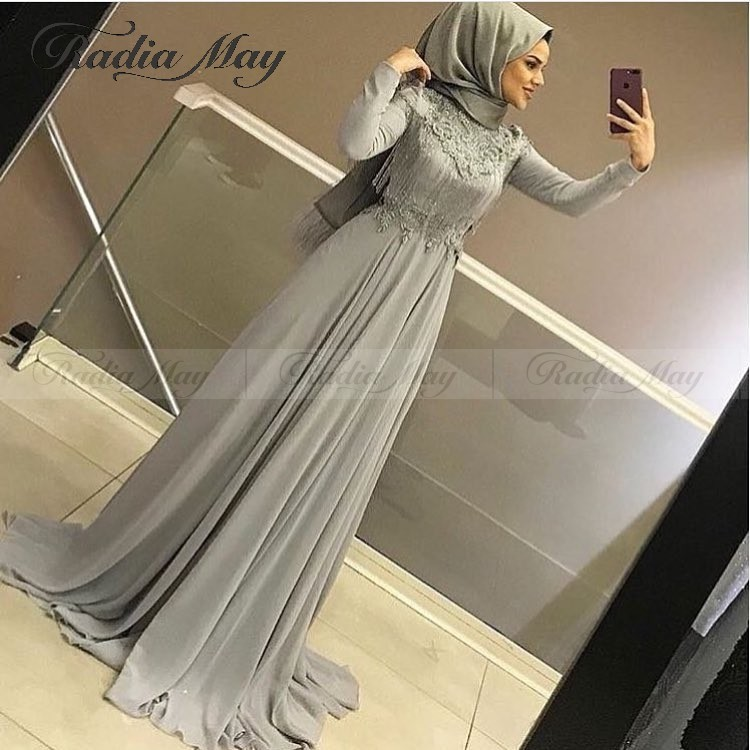 Elegant Silver Grey Chiffon Long Sleeve Muslim Evening Dress With Hijab Appliques Beaded Tassel Abaya Kaftan Dubai Prom Dresses