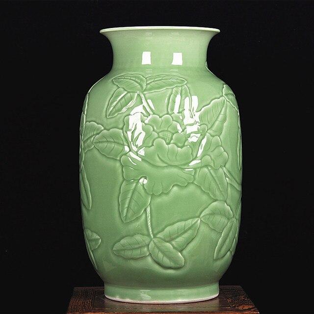 Jingdezhen keramik schatten grün tiefen carving pfingstrose vase ...