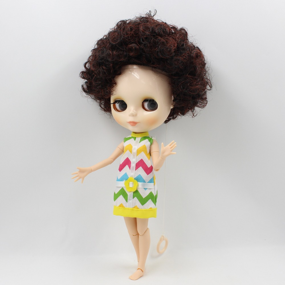free shipping factory blyth doll 1/6 red mix dark brown hair joint body gift toy free shipping factory blyth doll joint body tan dark skin bald head 1 6 gift the scalp is loose the scalp is not assembled