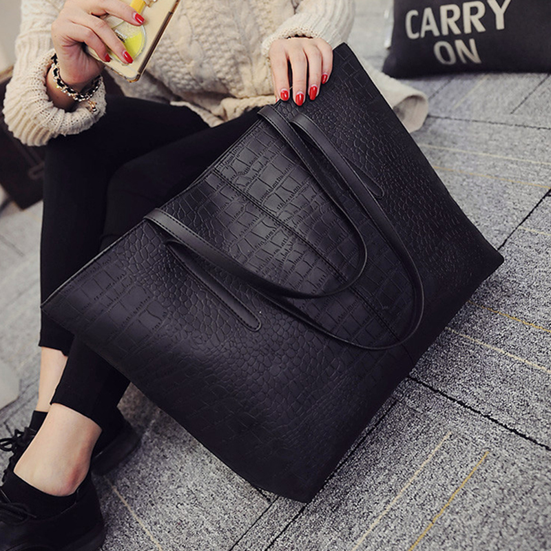 2019 Big New Women Shoulder Bags Alligator Ladies Leather Bags Casual women zipper handbags Famous Brands Totes black red colors image
