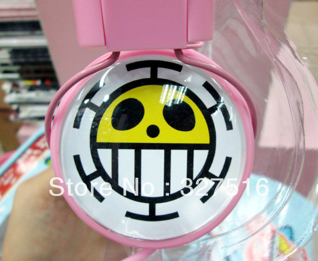 Japanese anime One Piece Trafalgar Law  headphones Anime Popular big headphone with microphone Free shipping