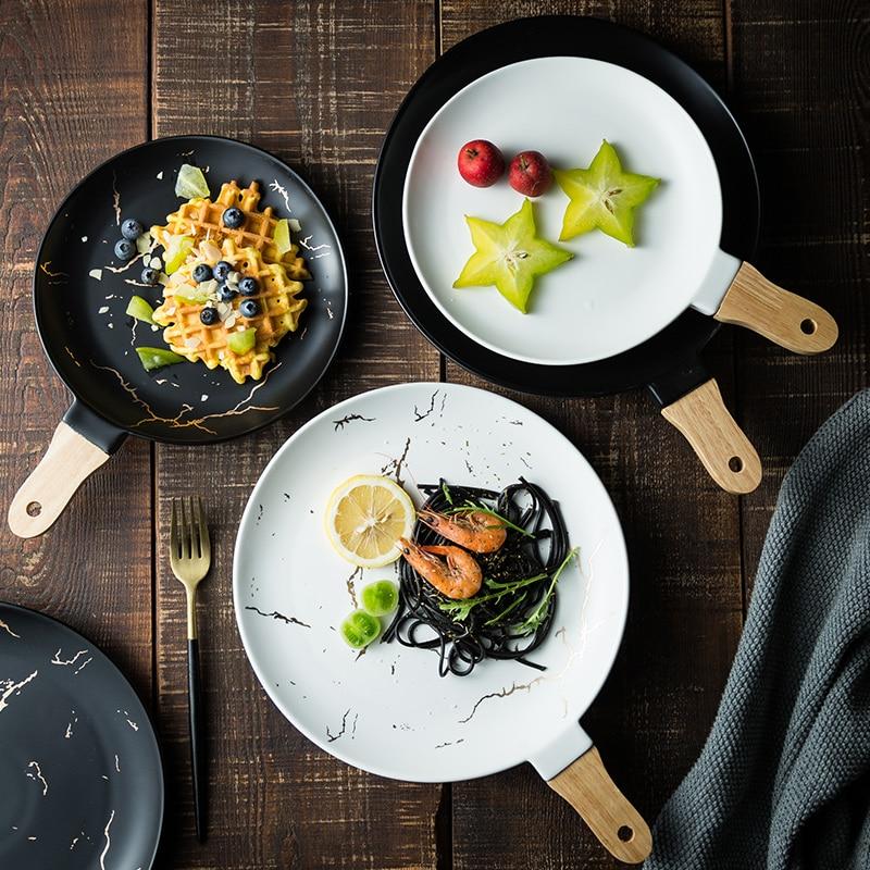 2019 offre spéciale nouveau manche en bois nordique pour créatif irrégulier plaque marbre motif plat en céramique Restaurant dîner plateau
