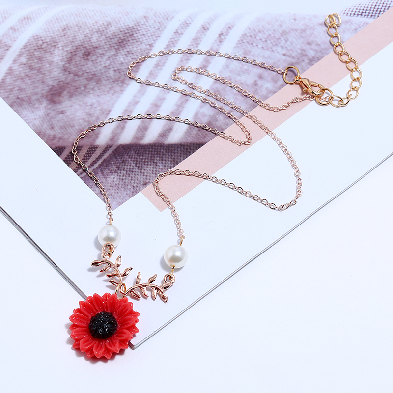2019 Best Selling Explosion Season New Imitation Pearls Small Orange Flower Necklace Women Long Chain Trendy Sweet Jewelry Femme in Torques from Jewelry Accessories