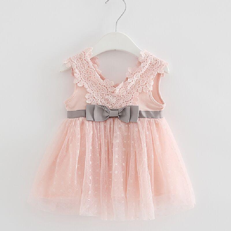 Մանրածախ 2018-ի ամառային նորածին V- պարանոցային աղեղով ժանրի արքայադուստր մանկական հագուստով մանկական աղջիկներ զգեստ Մեղր Մանկական հագուստի գնդիկավոր հագուստ 3 գույն