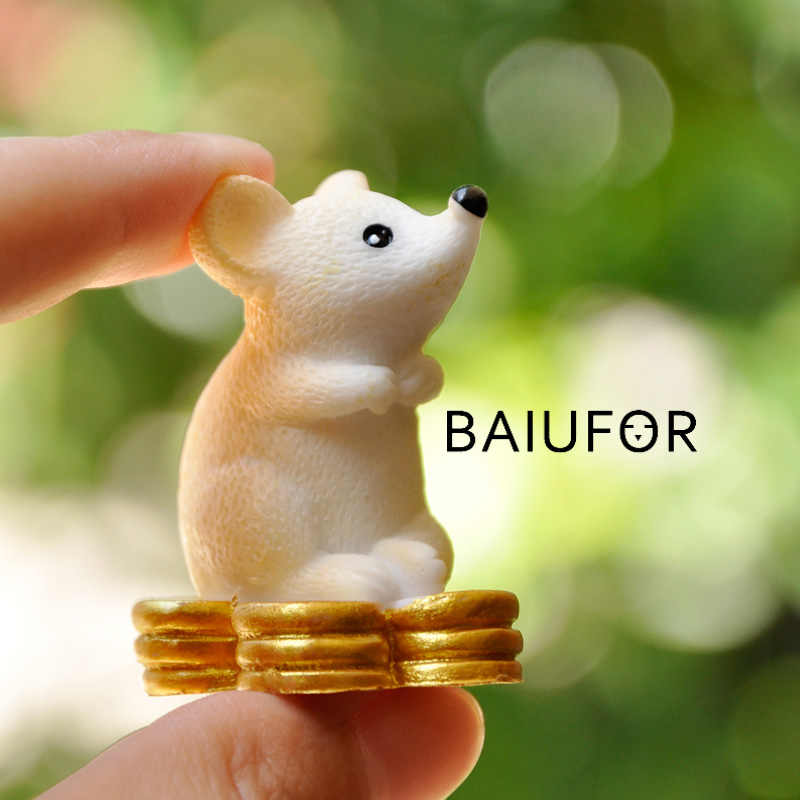 BAIUFOR Animal Miniature Lucky Rat & Gold Fairy Garden Micro Moss Landscape DIY Terrarium Figurines Mouse Looking for Treasure