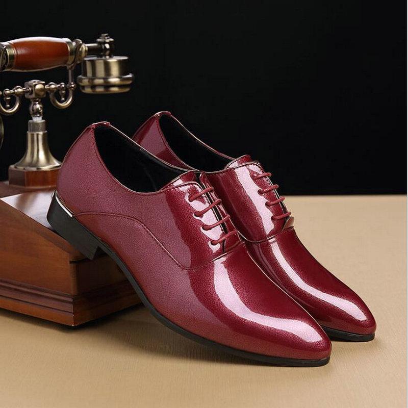 Designer Cuir rouge Hommes D'affaires Luxe Oo Formelle Noir Robe Chaussures Richelieus Mariage De Haute Qualité Verni Homme Marque Pointu En 49 gRvAAI