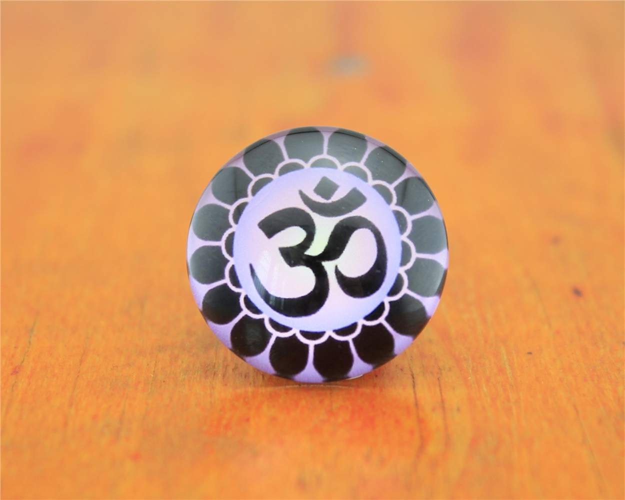 Free Shipping 2 pcs OM Yoga letters 20 25mm circular image patch manually time gem Epoxy
