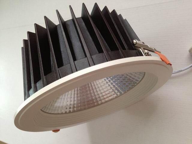 AC110V/220 V Triac Diammable LED épistar COB Downlight 35 w 8
