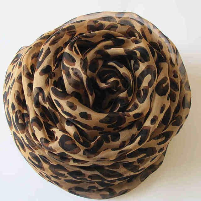 Moda estampado leopardo bufanda mujer marca de diseño de lujo grande de la bufanda para mujer 100% bufanda de seda para mujeres