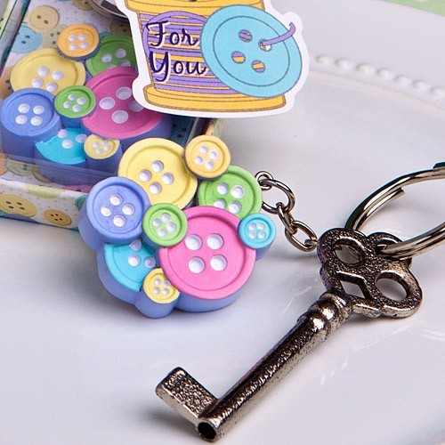 Free shipping 50 PCSLOT Wedding reception favors Cute As a Button Keychain for baby showers baby birthday and baby gifts