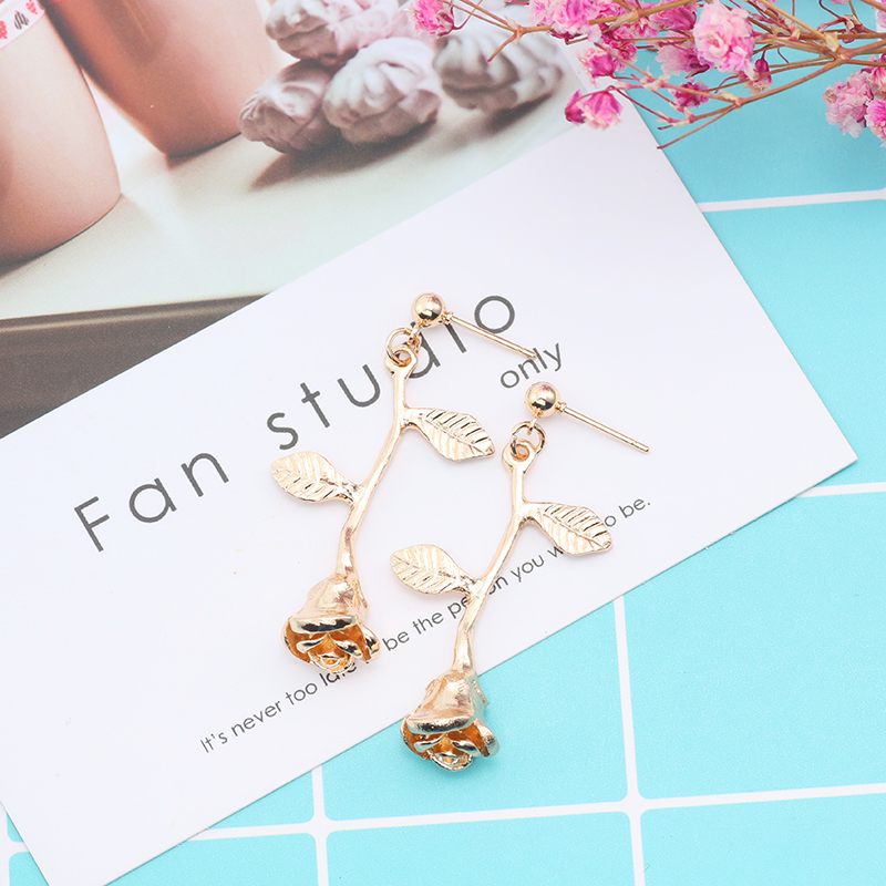 New Temperament Wild Flowers Leaves Hollow Rose Pendant Earrings Charm Goddess Valentines Day Gift Jewelry For Women