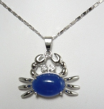 cute pendant! silver plated 13*18mm blue crab shape pendant
