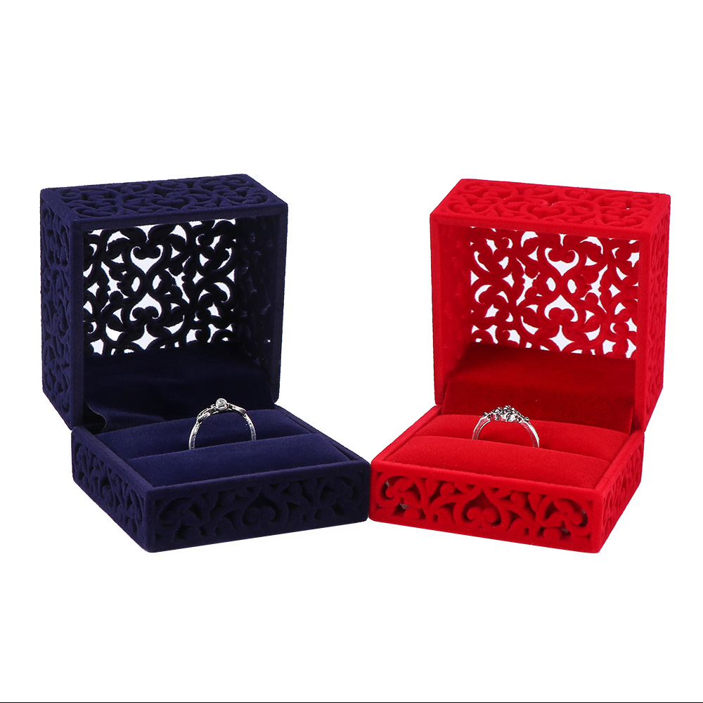 1 Pc New Design Velvet Ring Storage Box Blue Red Hollow Out Jewelry Display Engagement Jewelry Boxes Pleasant In After-Taste