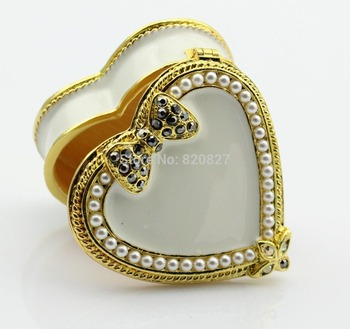 Vintagge small heart shaped box, NEW metal ring box with white pearls decor