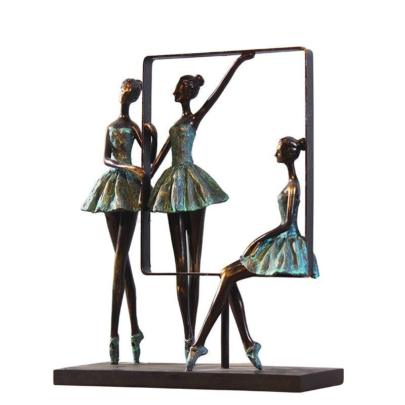 L'europe Simple Ballet Fille Résine Artisanat Figurines Creative Salon Armoires Décor À La Maison Ornements De Mode Classique Cadeau De Mariage
