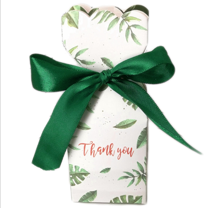 50Pcs Green Paper Candy Chocolate Boxes Gift Bag Wedding Gift Box Baby Shower Favors Birthday Party Christmas Supplies Wedding(China)