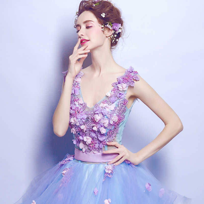 ライトスカイブルー quinceanera のドレスアップリケ真珠花 vestidos デガララルゴパフィーボールガウン quinceanera のガウン