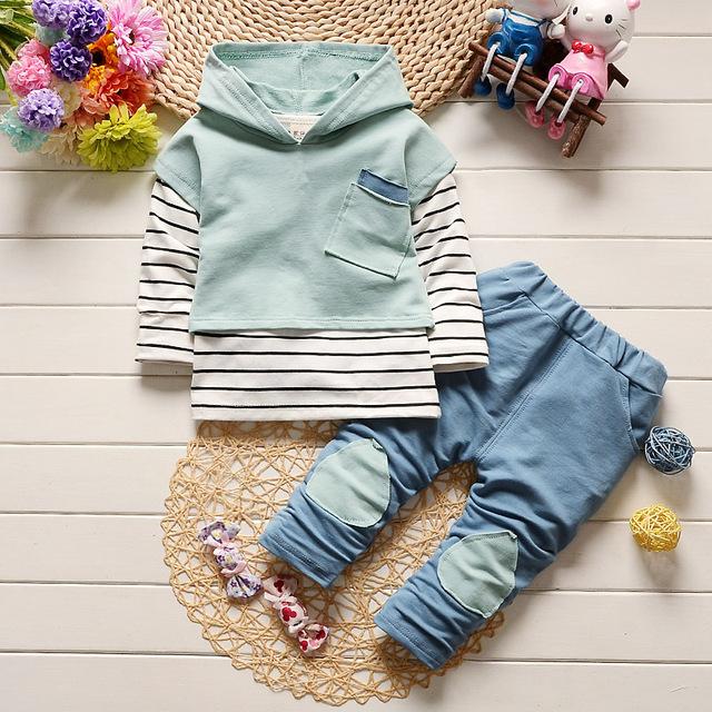 Conjunto de roupas 2017 primavera novas crianças Coreanas meninos e meninas ternos manga comprida stripe casual terno para crianças com idade entre 0-4