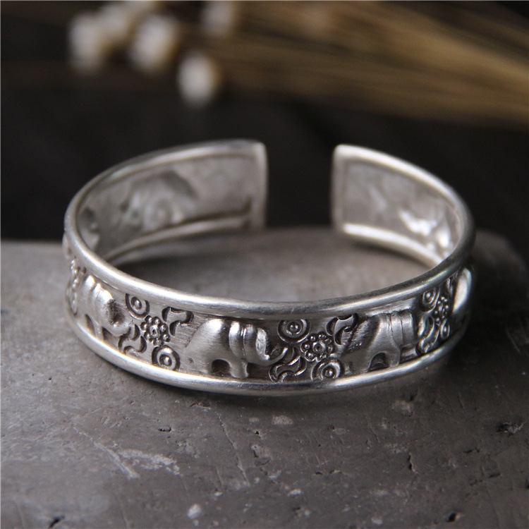 Ms Thailand handmade silver 925 sterling silver bracelet Restore ancient ways small opening like Thai silver bracelet small like a1163 2015