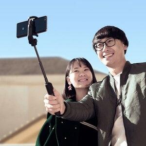 Image 5 - Oryginalny statyw Xiaomi Mini z przyciskiem migawki Bluetooth wysuwany Monopod samowyzwalacza do telefonu komórkowego lub aparatu fotograficznego