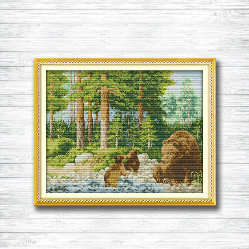 Forest Bears 14ct Counted Cross Stitch kit *NEW*