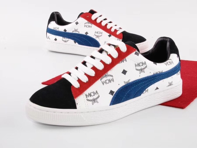 premium selection 885bc fcf10 US $48.1 34% OFF|New Arrive Puma By Rihanna Suede Creepers Women's and Men  Shoes Breathable Badminton Shoes Sneakers Size 36 44-in Badminton Shoes ...