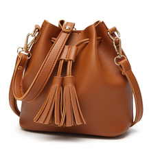 2019 Fashion Handbag Women PU Leather Drawstring Bucket Bag Short Trip Shoulder Bag Tassel Design Tote Bag Small JY507