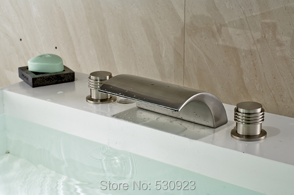 ФОТО New US Free Shipping Widespread Waterfall Bath Tub Faucet Set Nickle Brushed Double Handles Three Holes Mixer Tap Deck mount