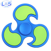 2017New Matte Hot Wheels Tri Spinner Fidget Toy Plastic EDC Hand Spinner For Autism And ADHD