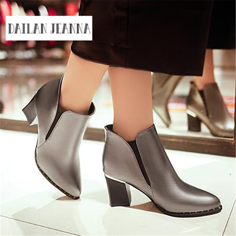 Europe and the US and the new winter boots pointed shoes cashmere ladies high-heeled boots female British Martin crude sleeve