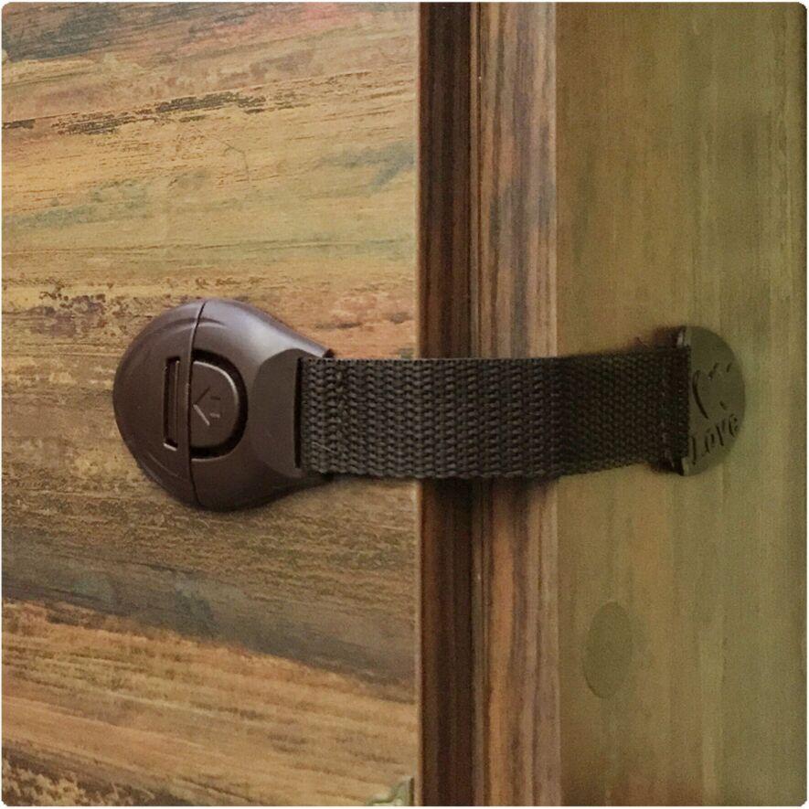 4 Pcs/Lot Baby Safety Cabinet Lock For Child Kids Drawer Door Locks Cabinet Cupboard Pla ...