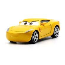 Disney Pixar Cars 3 Racing Center Cruz Ramirez  Metal Diecast Toy Car 1:55 Loose Brand New In Stock Toy Car Gift For Kids disney pixar cars sgt highgear guard london buckingham palace diecast metal toy car for children gift 1 55 loose brand new