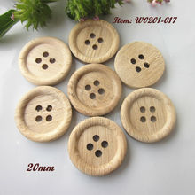 60 pcs 20mm ( 32L ) 4 holes thin edge natural wood pattern sewing wood buttons natural wood craft decorative accessories(China)