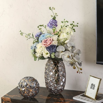 Creative glass vase household decoration dried flower American transparent vase living room retro flower appliances TV cabinet