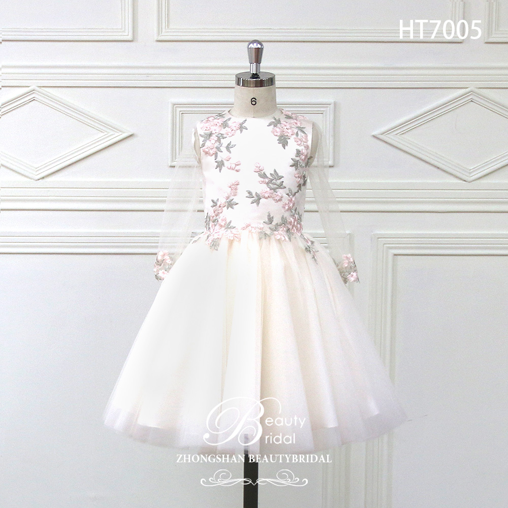 2018 Romantic Tulle   Flower     Girl     Dress   Sleeveless for Weddings Appliques   Girl   Party Communion   Dress   Pageant Gown HT7005