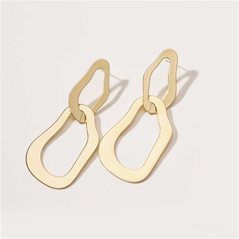 Fashion Geometric Dangle Earrings 2019 Statement Long Drop Earrings Jewelry for Women Metal Gold Irregular Earrings EB142