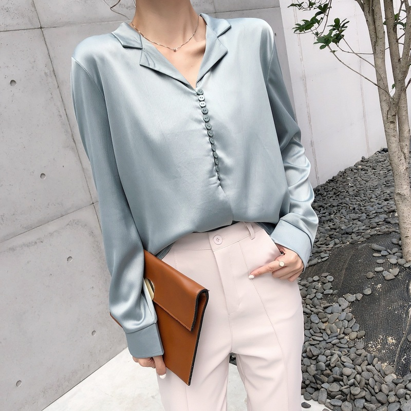 Vintage Satin Slik   Blouse     Shirts   for Women 2018 Autumn Elegant French Style Sexy V Neck Long Sleeve   Blouse   Champagne Green Tops